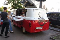 Autóból kávézó   :)